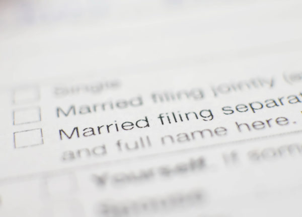 Reasons why married couples might want to file separate tax returns