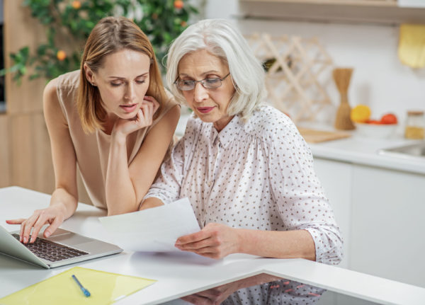 4 ways to address elderly parents in your estate plan