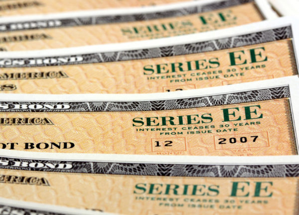 How Series EE savings bonds are taxed