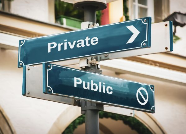 """Financial reporting issues to consider in """"going private"""" transactions"""